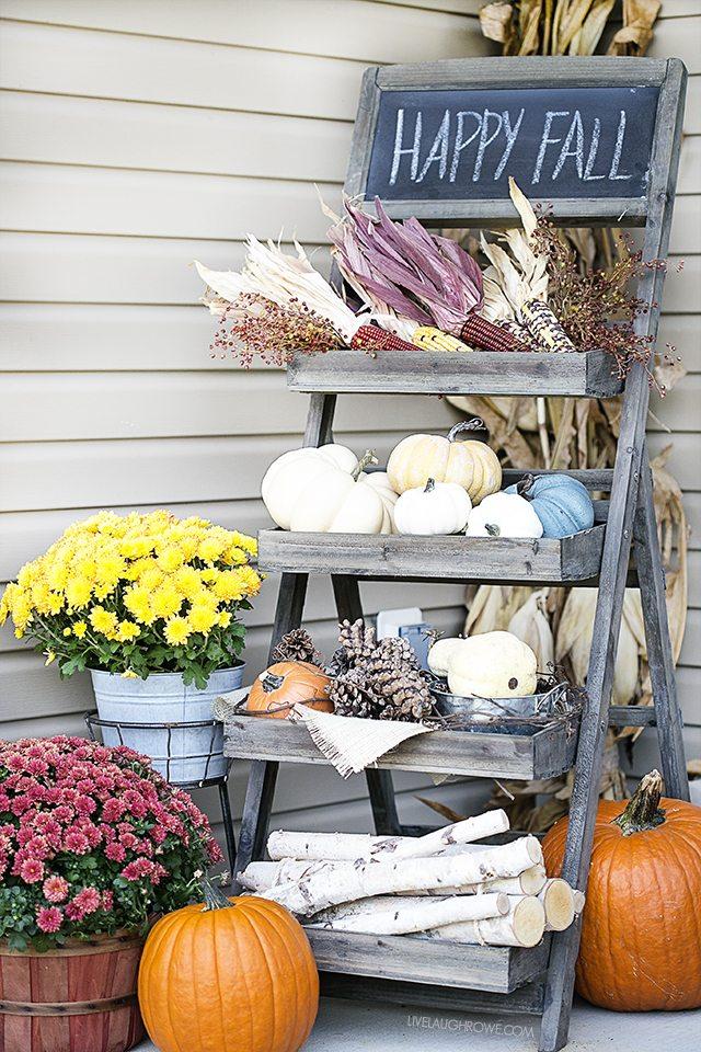 fall porch decor 1